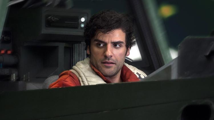 Oscar-Isaac-as-Poe-Dameron-in-Star-Wars-The-Last-Jedi
